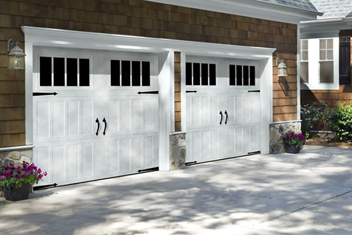 Carriage Steel Garage Doors, Elgin